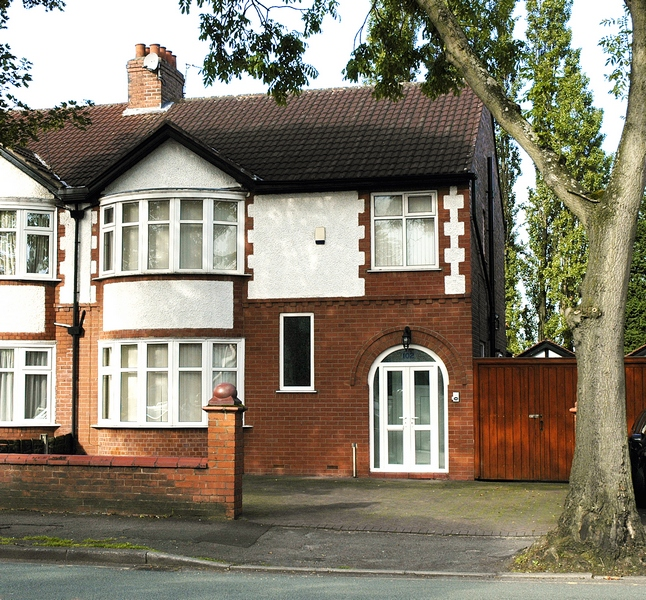 102-birchfields-road-front-of-house