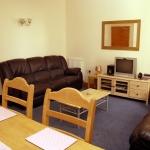 11-hathersage-rd-lounge