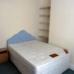11-naburn-st-bed1