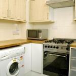 13-welby-st-kitchen-1