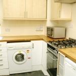 13-welby-st-kitchen