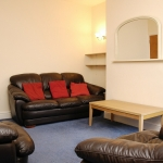 13-welby-st-lounge-1
