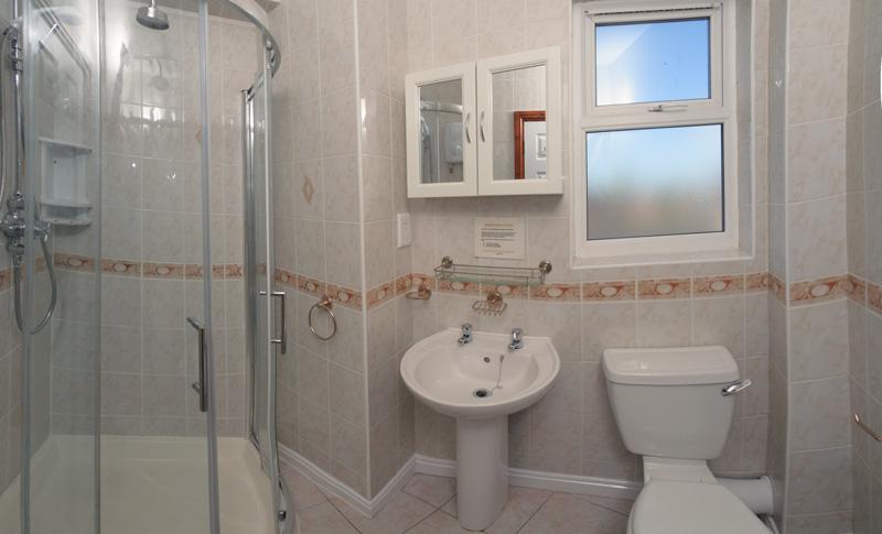 130 Dickenson Rd Bathroom-2