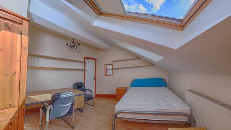 130 Dickenson Rd Bedroom-10