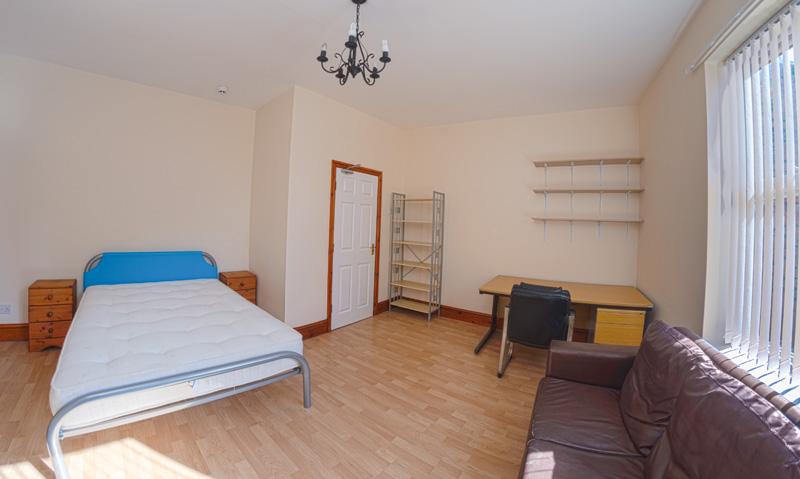 130 Dickenson Rd Bedroom-13