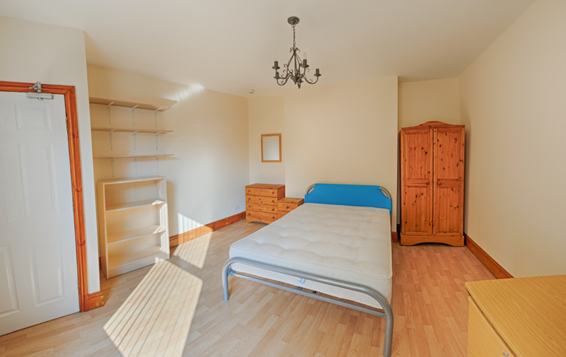 130 Dickenson Rd Bedroom-21