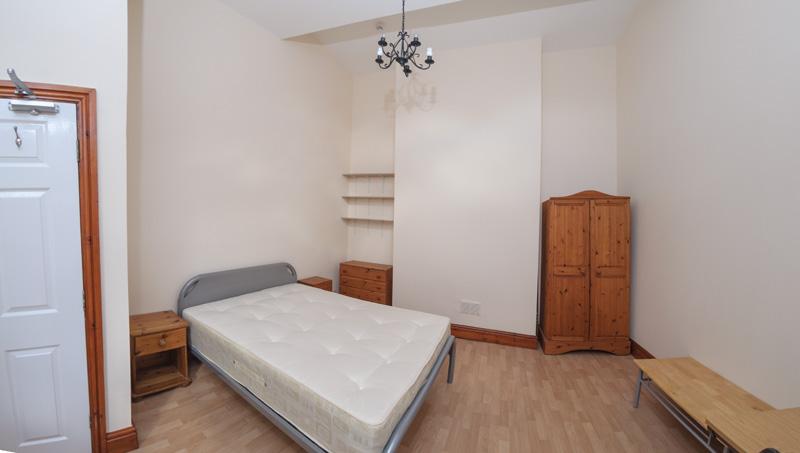 130 Dickenson Rd Bedroom-8
