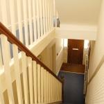 14-argyle-ave-hallway-2