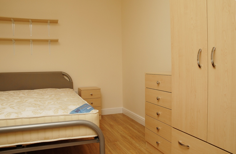 15-eston-st-bedroom2-1
