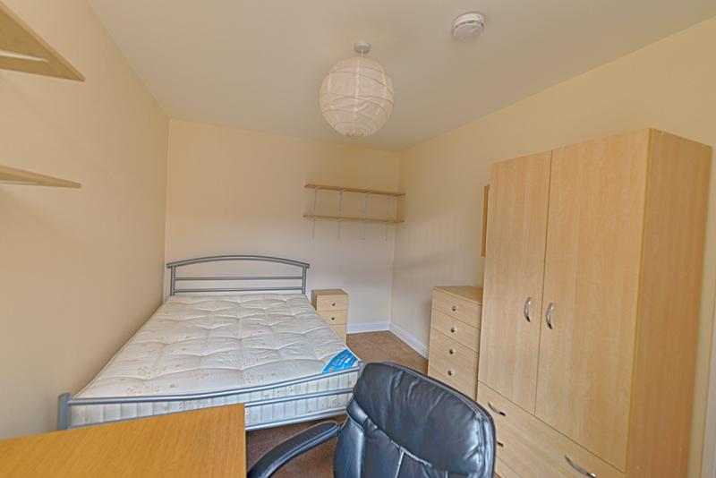 15 Welby St Bedroom 2 (2)
