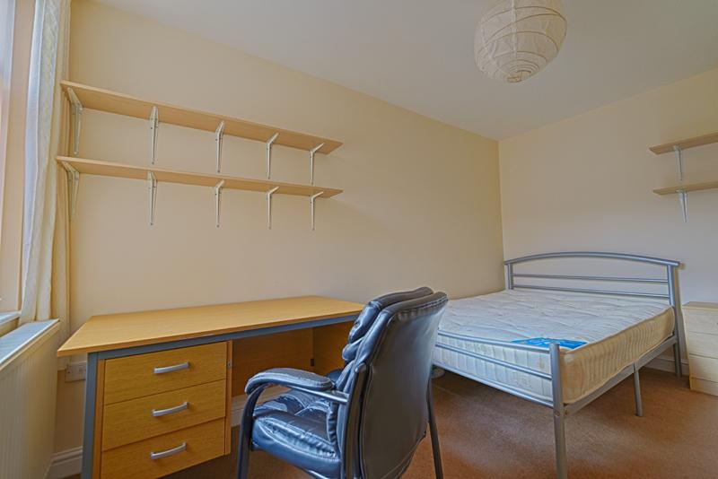 15 Welby St Bedroom 2