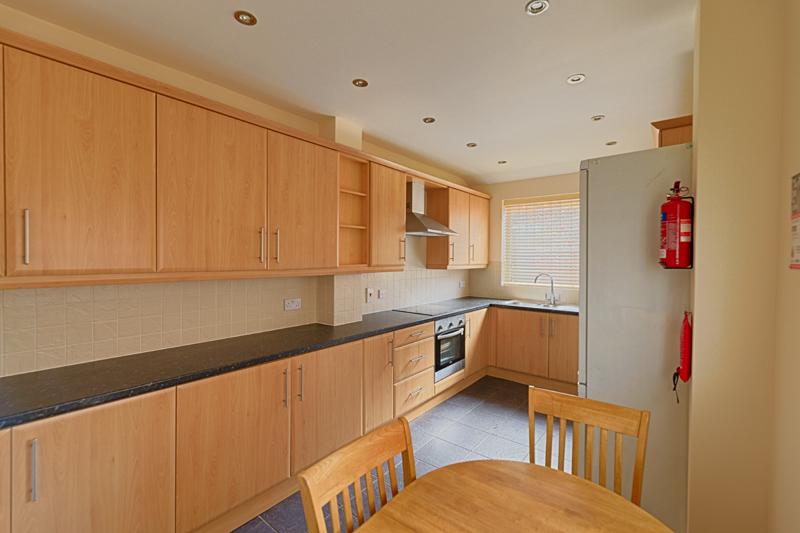 15 Welby St Kitchen