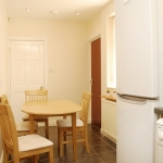 16-colgate-crescent-kitchen-3