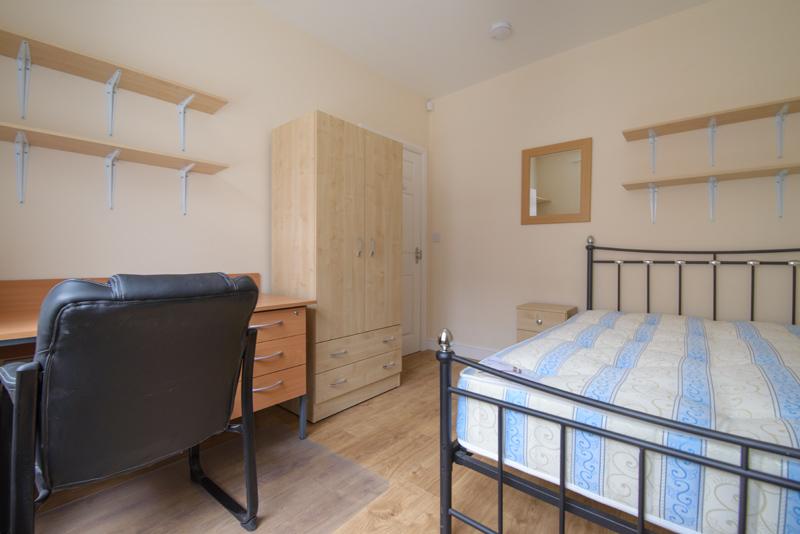 Bedroom 1 - 09