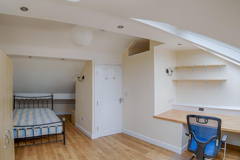 Bedroom 4 - 13
