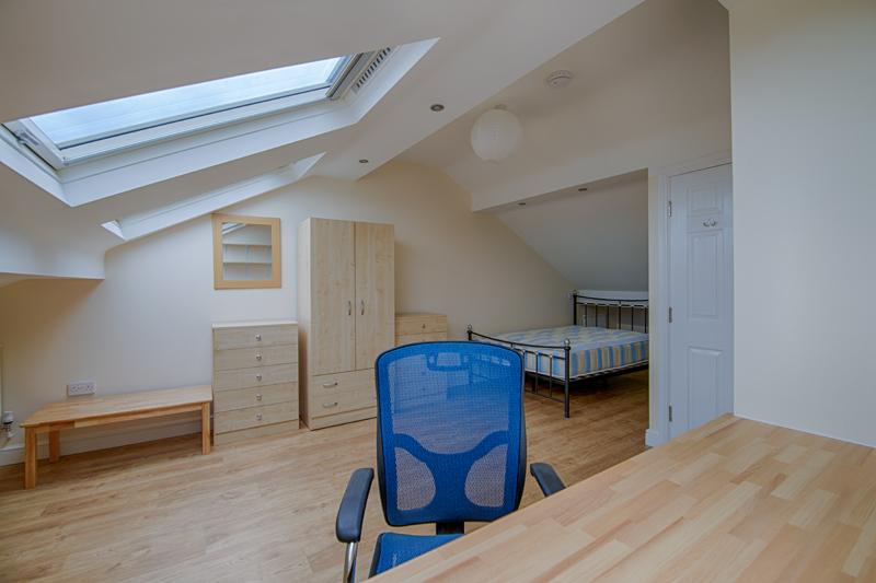 Bedroom 4 - 28