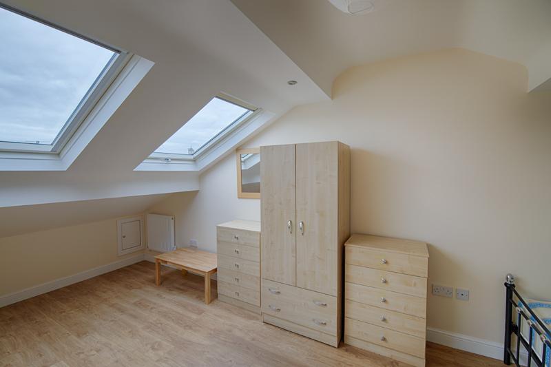 Bedroom 4 - 34