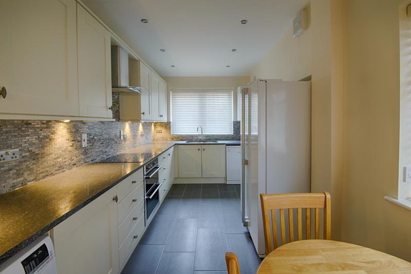 Kitchen - 001