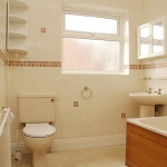 18-scarsdale-bathroom1