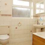 18-scarsdale-bathroom2