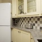 2-tait-mews-kitchen-3