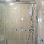 3-denham-st-bathroom