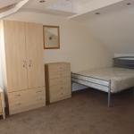 3-denham-st-room4