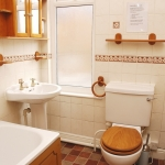 31-hathersage-rd-bathroom-1