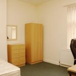 31-hathersage-rd-bedroom2