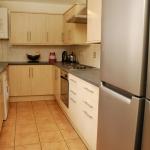 31-hathersage-rd-kitchen