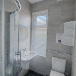 49-Hathersage-Rd-Bathroom-4