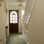 5-leighbrook-rd-hallway2