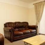 5-leighbrook-rd-lounge1