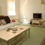 59-denison-rd-lounge