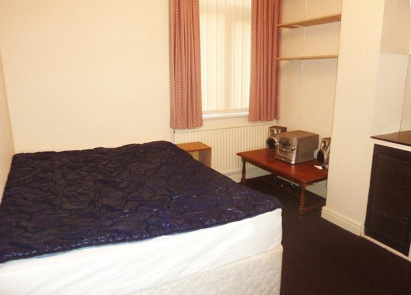 6-beech-range-bedroom1