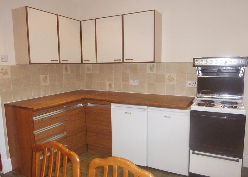 6-beech-range-kitchen