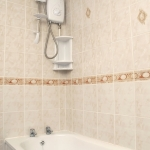 87c-wellington-rd-ground-floor-bathroom