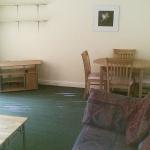 87d-wellington-rd-lounge-1