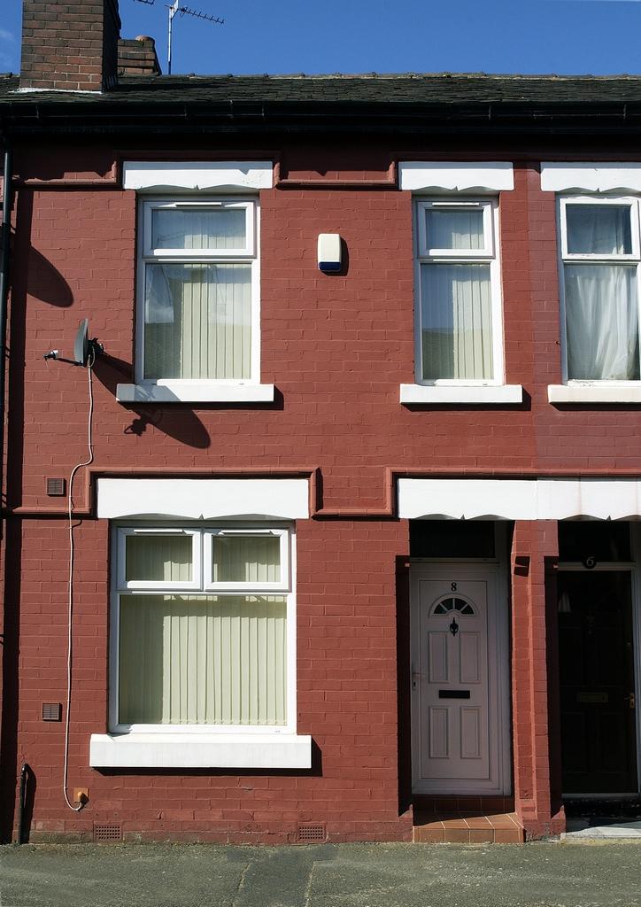 8 Denham Street